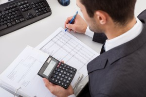 What are the Differences Between an Actuary and Accountant?